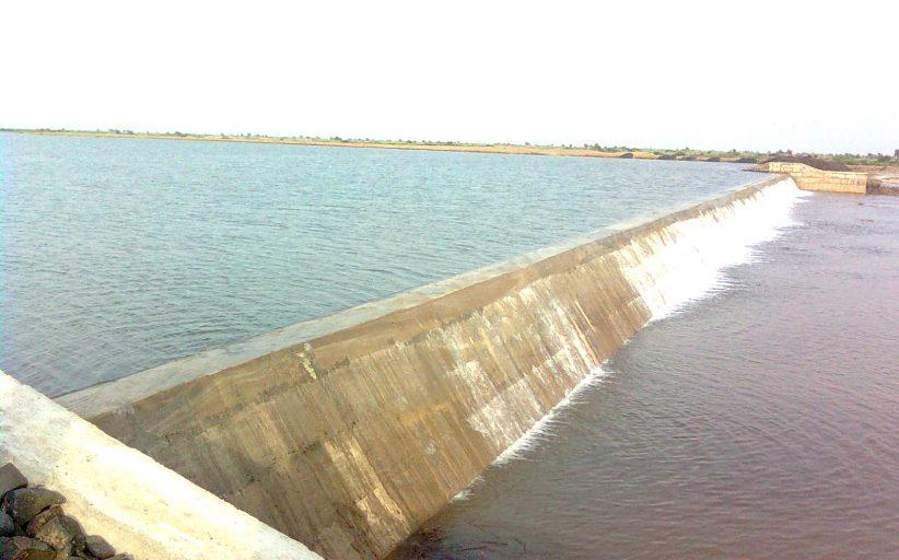 ખંભાતના દરિયાઈ ખાડી વિસ્તારમાં મીઠાં જળનો ખજાનો